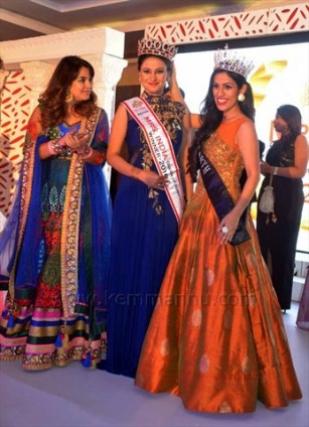 Kemmannu Com Mrs Earth 2016 Priyanka Khuaran Goyal Crowns Mrs India Queen Of Substance 2016