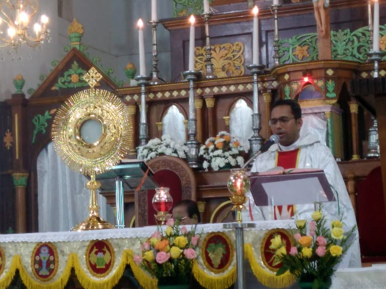 Milagres Cathedral, Kallianpur observes Confraternity Sunday with devotion and gaiety