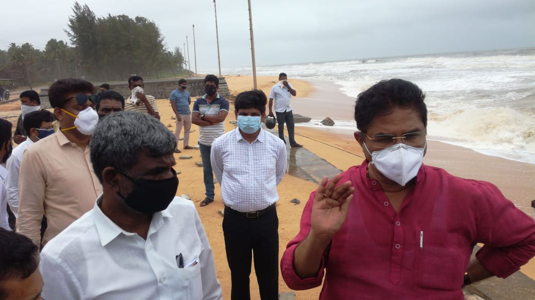 Revenue Minister R Ashok visits Padubidri Beach over sea erosion