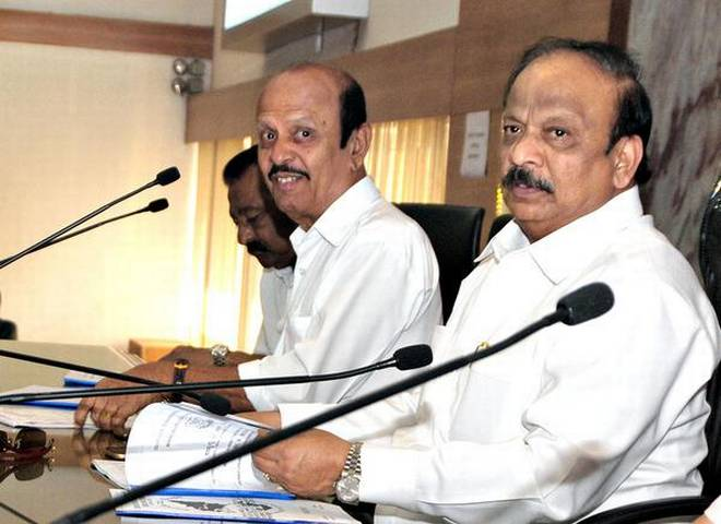 Roshan Baig to bring experts to city to explore setting up desalination plant in Mangaluru