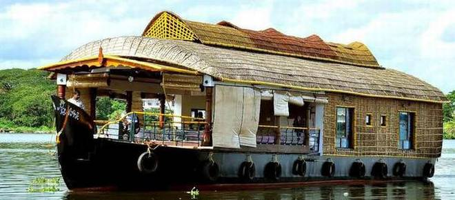 Post-GST, Kerala houseboats struggle to stay afloat - Sector included in luxury tourism slot which entails GST of 28%
