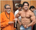 Mumbai champ flexes muscles for Sena chief�s blessings