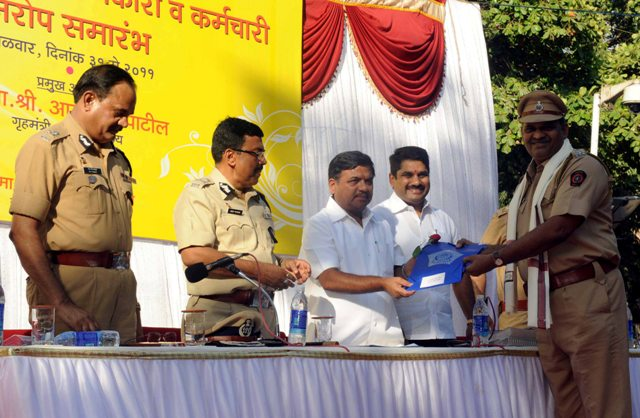 Mumbai police dept after retirement send-off function