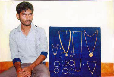 Udupi: Ornaments worth Eight Lac Rupees Stolen in flat Culprit Arrested Eight Lac Rupees Stolen one person arrested