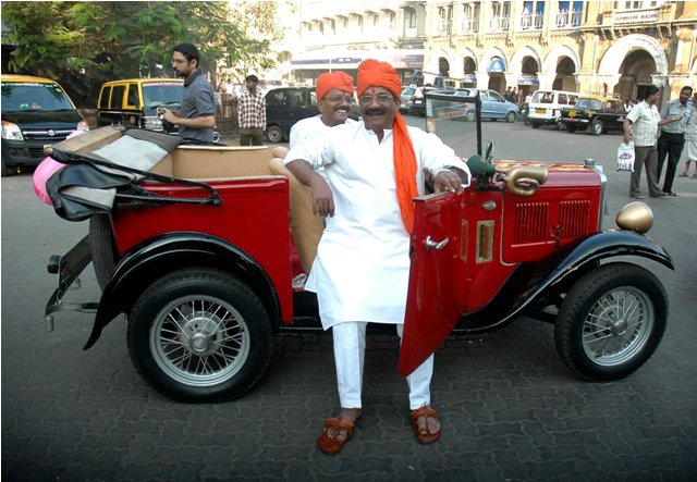 Vintage Car Rally from Horniman Circle to Bandra on Sun, 30th Jan 2011