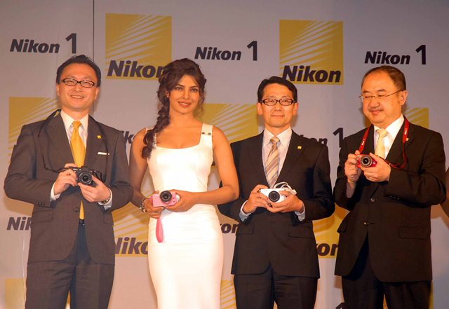 Nikon India today launch of the simple, stylish & revolution​ary Nikon 1 cameras