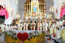 Udupi Diocese Instalation First Annivarsary Thanksgiving Solemn Mass Celebrated at Milagres Cathedral