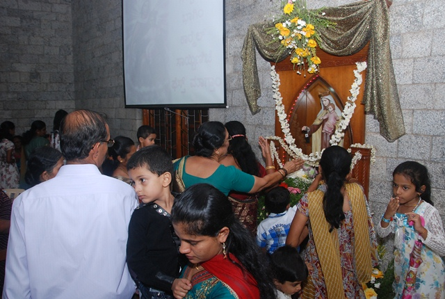 Our Lady of Mount Carmel Feast was celebrated at Infant Jesus Shrine, Mangalore