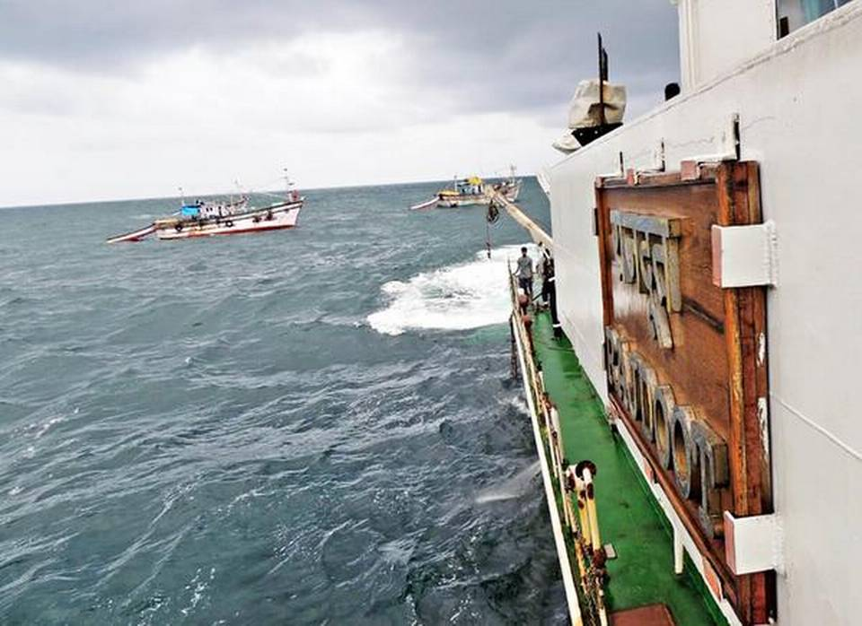 23 rescued from stricken vessel near Mavinakurve