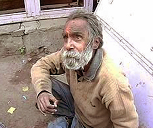 Double PhD, Rs 35,000 Pension, Yet Forced to Beg on Streets...