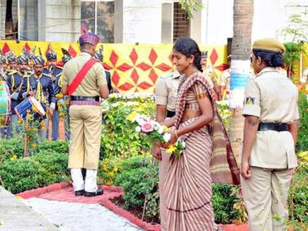 People should realise sacrifices we make: Commissioner