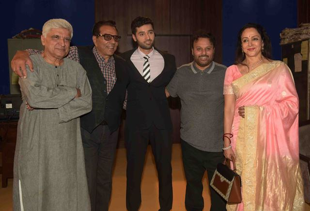 Anil Sharma Hosted a Grand Mahurat of The Film 'Genius'