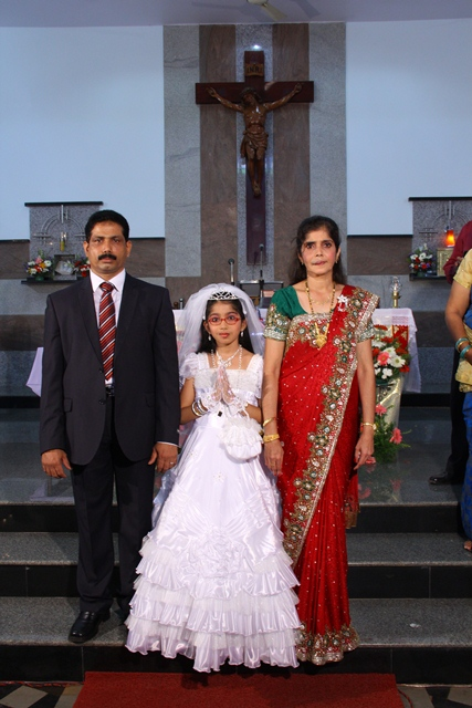 First Holy Communion Sanshia Helmina