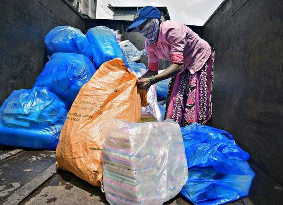 Green Tribunal committee tells Karnataka to implement plastic ban from tomorrow