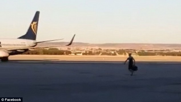 Man runs on to Sharjah airport runway to catch plane to meet fiancee