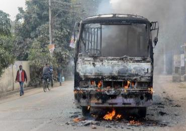Dalit youth's lynching: students pelt stones, torch bus