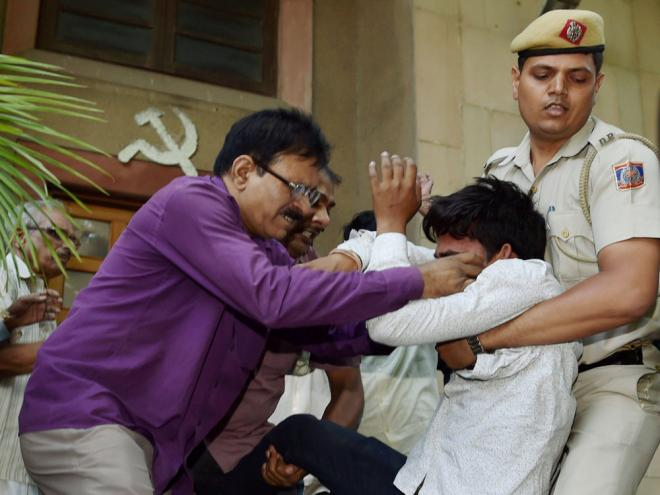 2 held for trying to manhandle Yechury; Left blames RSS