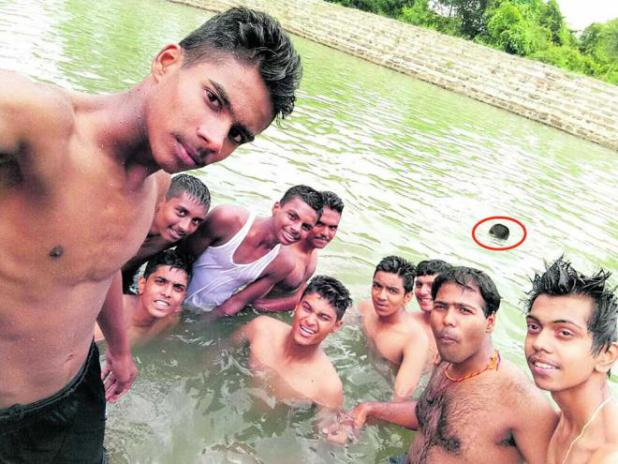 With friends busy taking selfies, PU student drowns in temple tank
