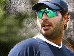 Yuvraj Singh diagnosed with cancer, undergoing chemotherapy in US