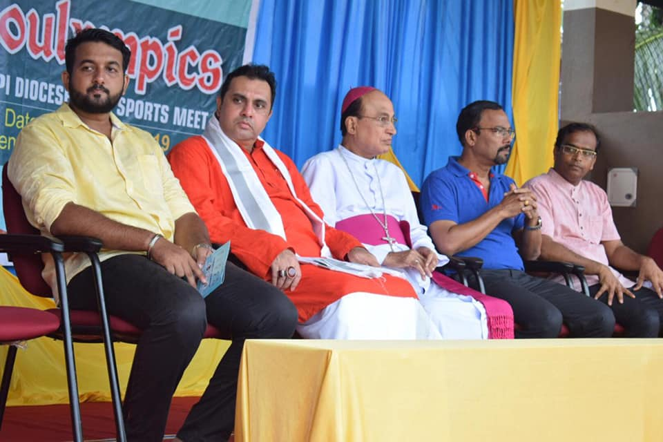 Sports can help to promote unity among competitors: Bishop Gerald Lobo