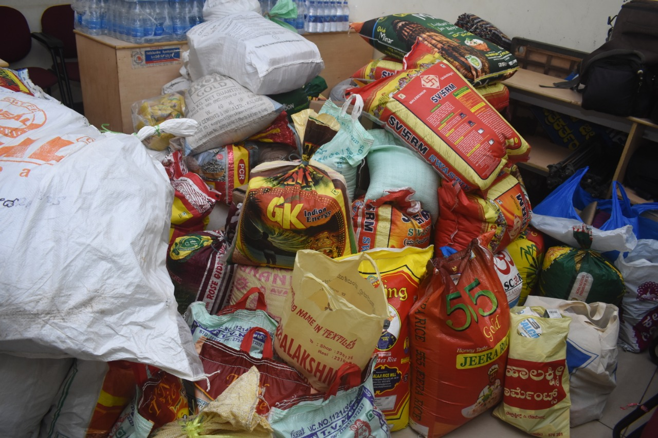 Udupi Mediamen collects daily needs materials to flood victims