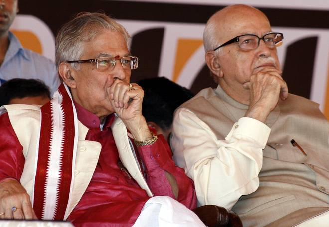 Babri case: SC revives conspiracy charges against Advani, Joshi