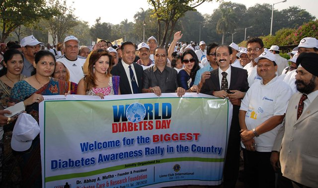 World Diabetes Programmme was organized on 27th Nov from 8am to 9pm by Lion Chandrahas Shetty (convenor)-Lions Clubs Int. & Dr. Abhay Mutha of DCRF (Diabetes Care & Research Foundation