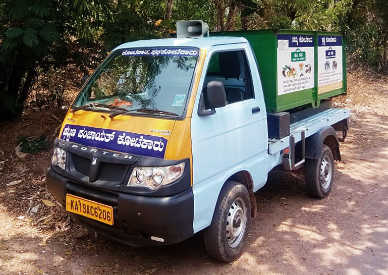 Garbage collecting vehicle also spreading awareness on voting!