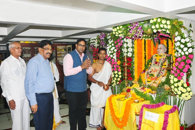 Mumbai: Birth anniversary of Brahmashree Narayanaguru celebrated