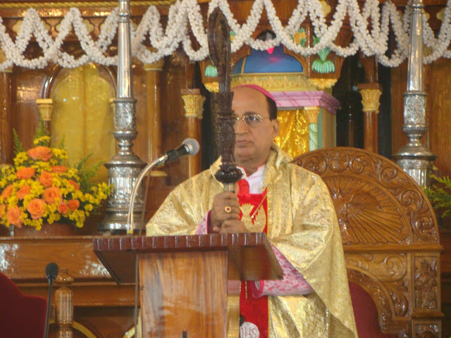 Keep Trust and Faith in Jesus - Bishop of Udupi Most Rev Dr. Gerald Isaac Lobo at Milagres Cathedral