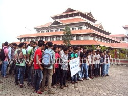 Manipal: Polytechnic students protest against the present carry over sytem.