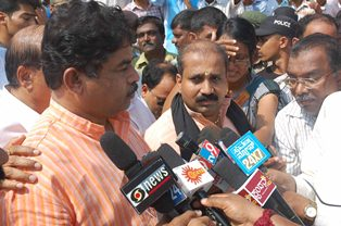 Sowjanya's murder case would be submitted to CID: Home minister R Ashok