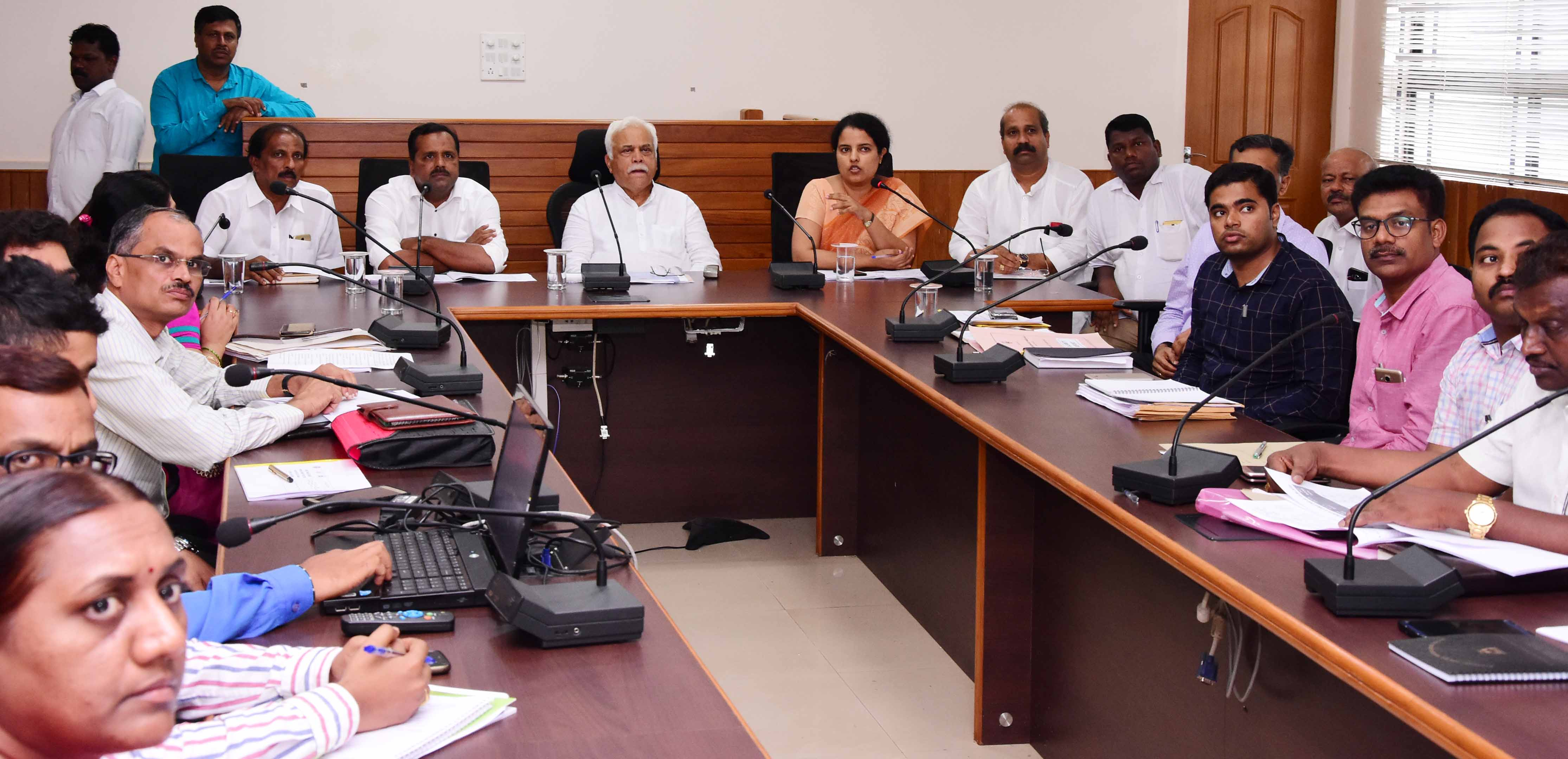 There should not shortage of natural calamity relief funds - R. V. Deshpande, Revenue Minster