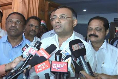 Amith Shah do not set on fire the communal feelings of the people - Dinesh Gundu Rao
