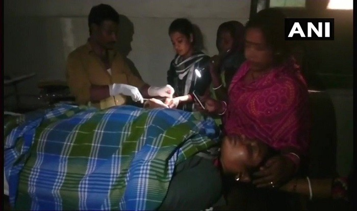 Doctor Performs Surgery of Woman in Torchlight in Saharsa