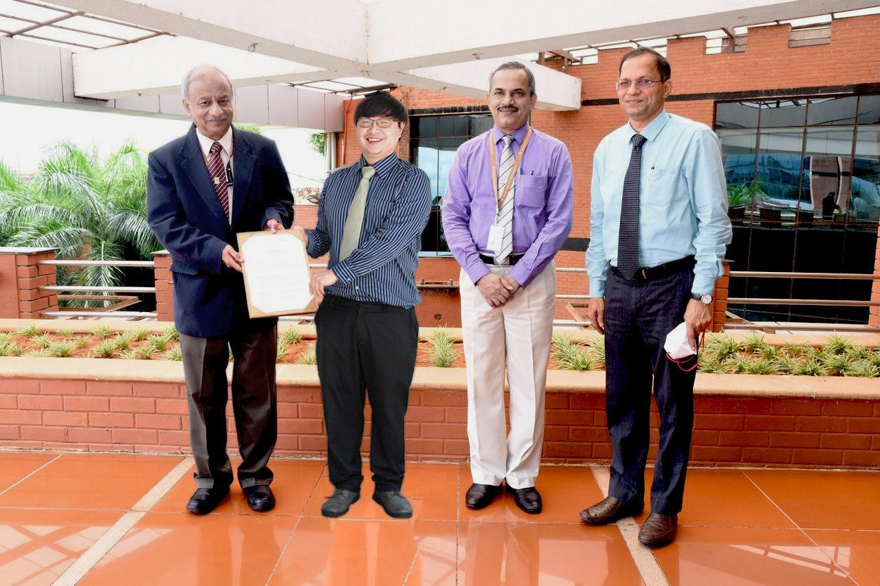 (MAHE) and Esco Aster Pte Ltd, Singapore sign agreement to establish collaborative research unit at MAHE, Manipal