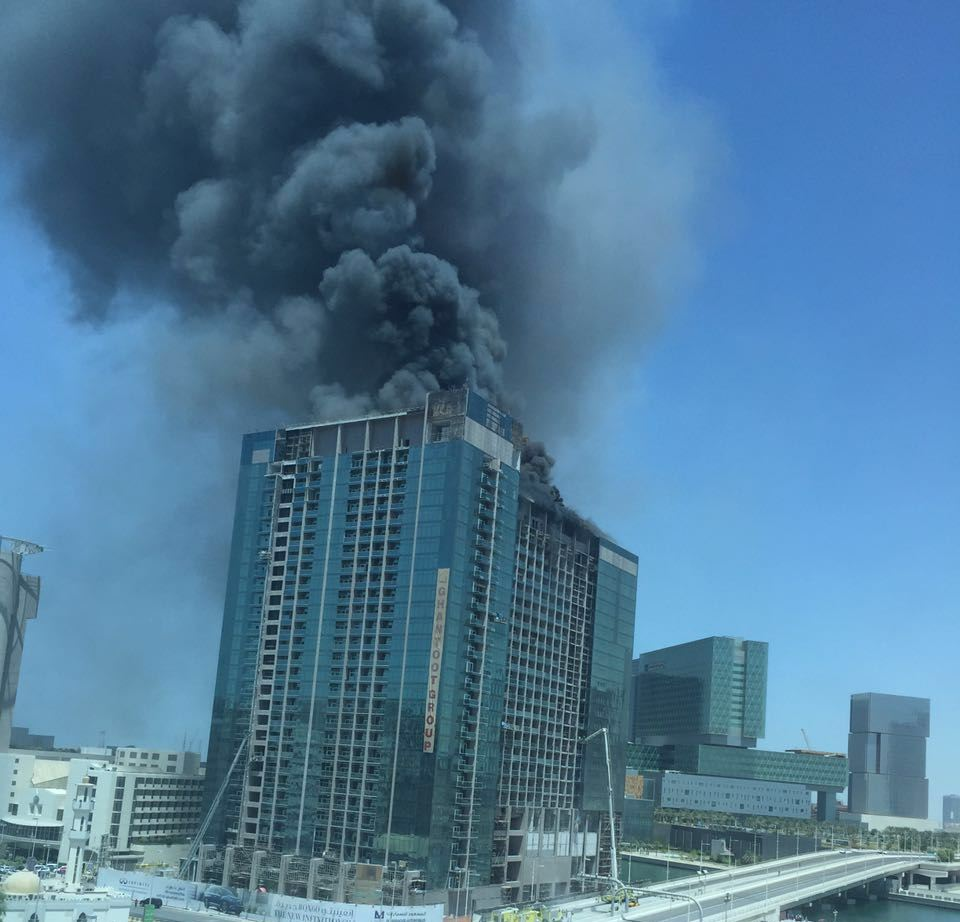 Fire breaks out at under construction building in Abu Dhabi