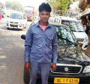 Delhi pools money for hero taxi driver