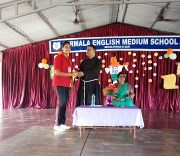 Nirmala School celebrates Hindi Day