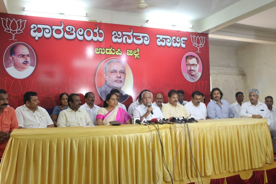 Yeddyurappa acuses Siddaramaiha's attitude of divide the society in the state