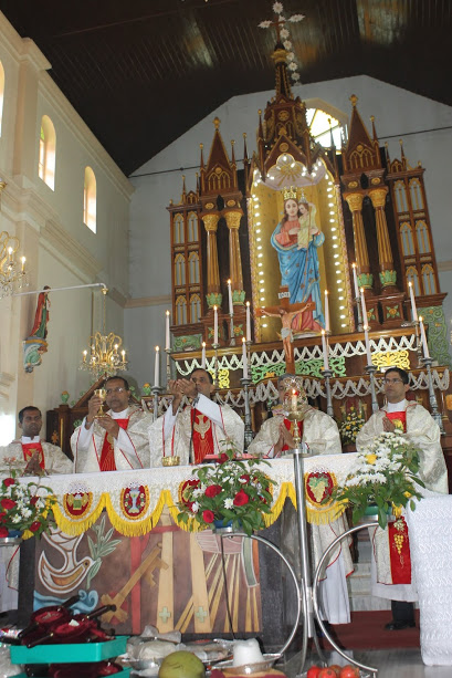Milagres Cathedral Kallianpur celebrates