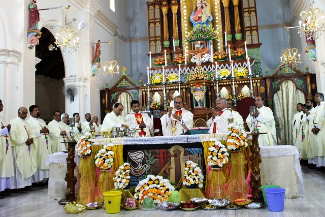 Milagres Cathedral, Kallianpur celebrates annual feast with devotion and fervour