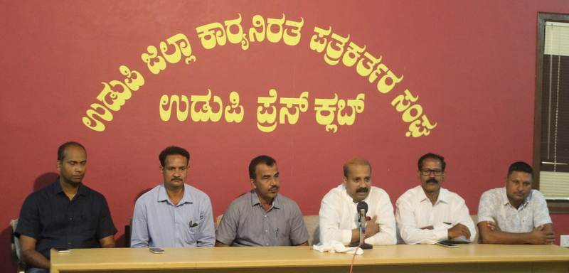 Indefnite agitation planned from October 25 against sand problems in the district