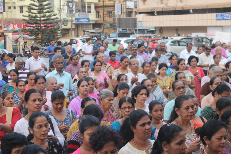 Christians and other religions people condoles the martyred persons at Sri Lanka on Easter Sunday