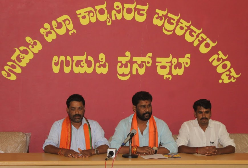 Bajrang Dal will launch a campaign on 1st September to boycott Chinese Goods