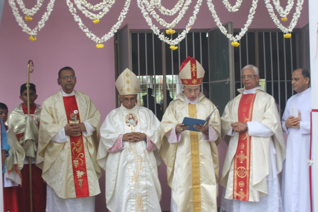St. Anthony Shrine of Kerekatte celebrates annual feast and golden jubilee with devotion and gaiety