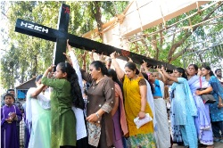 Pictorial report of the Way of Cross on Good Friday  Infant Jesus Chruch Jogeshwari, Mumbai