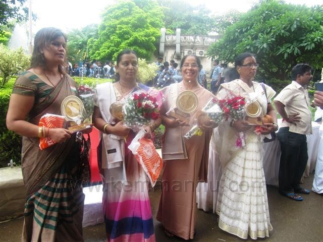 "FOUR NOTED WOMEN PERSONALITIES WERE HONOURED ON ""68TH INDEPENDENCE DAY"" BY MUMBAI SUBURBAN DIST."