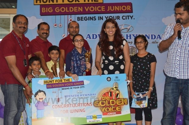 Devika  emerged as winner of BIG Golden voice junior Mangalore.