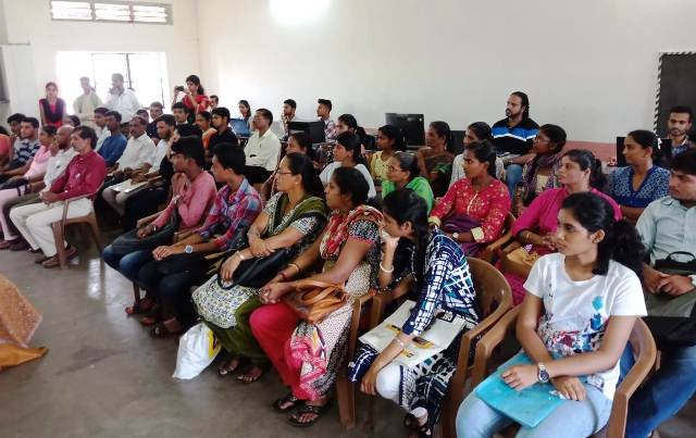 Arivu Loan Mela for CET students inaugurated
